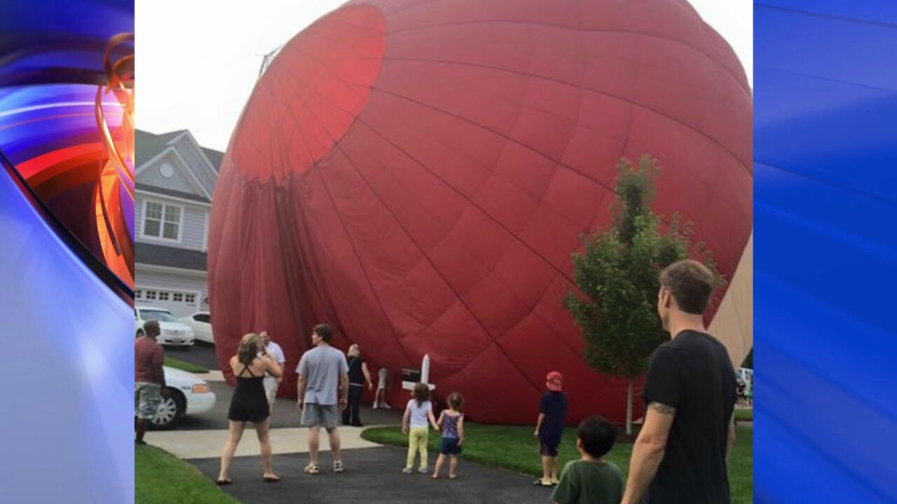Hot air balloon makes unscheduled landing in Mechanicsvilleneighborhood