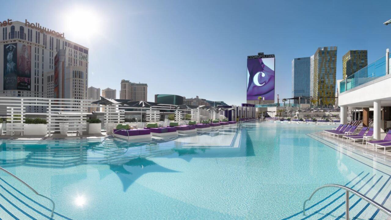 Boulevard Pool_Courtesy of The Cosmopolitan of Las Vegas.JPG