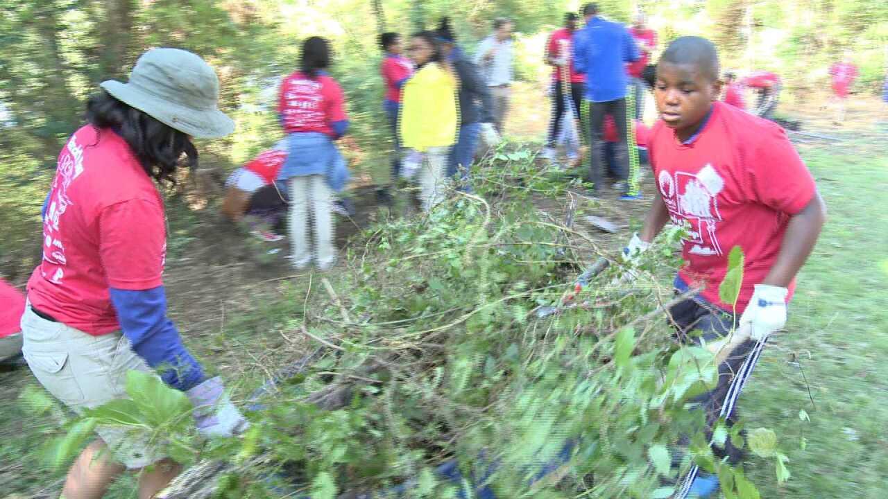 Hundreds give back during HandsOn Greater Richmond's HandsOnDay
