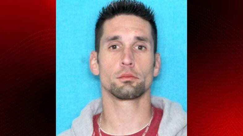 Lafayette man remains wanted for holiday package thefts