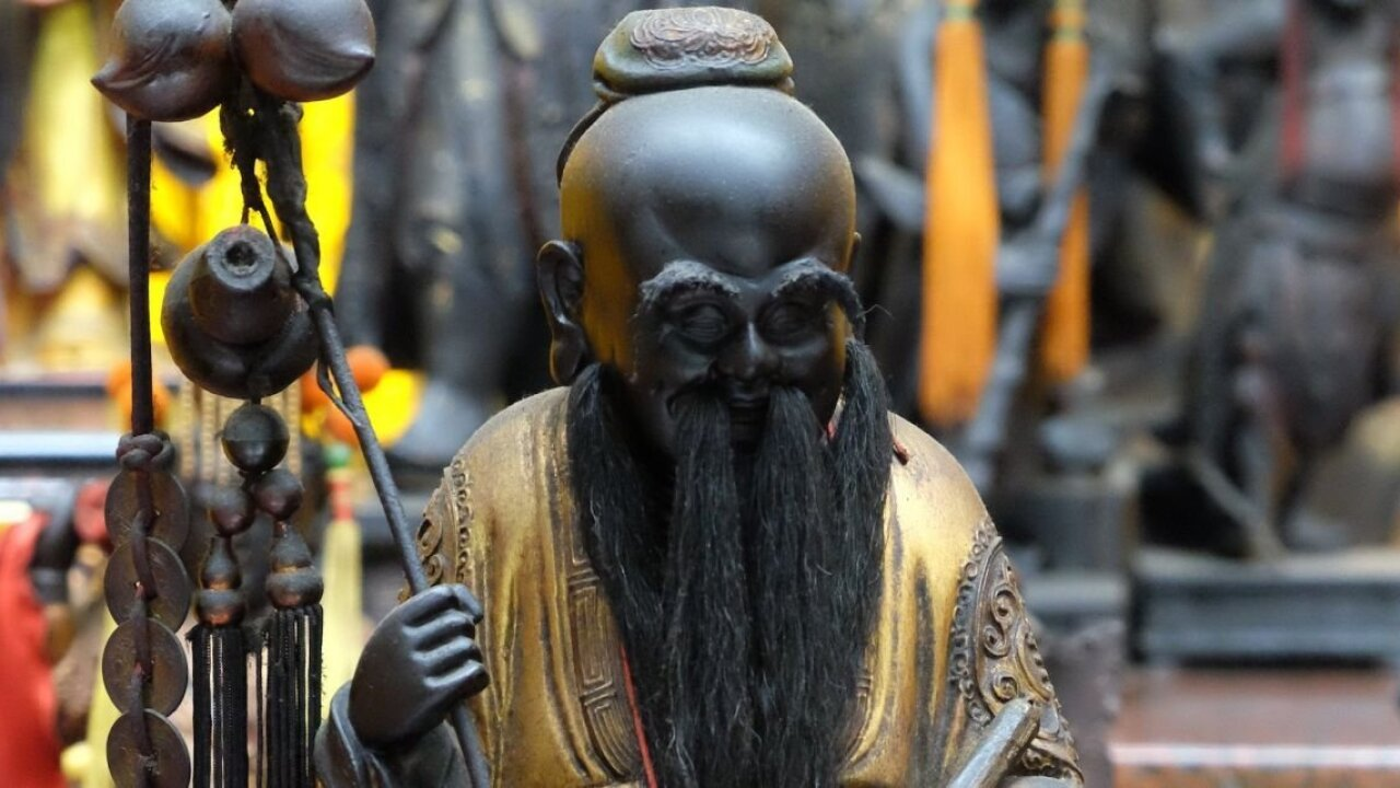 Looking for a mate? Head to this old Taiwan temple for a meeting with the 'Love God'