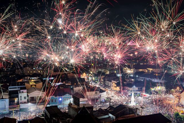 PHOTOS: New Year's Eve celebrations around the world