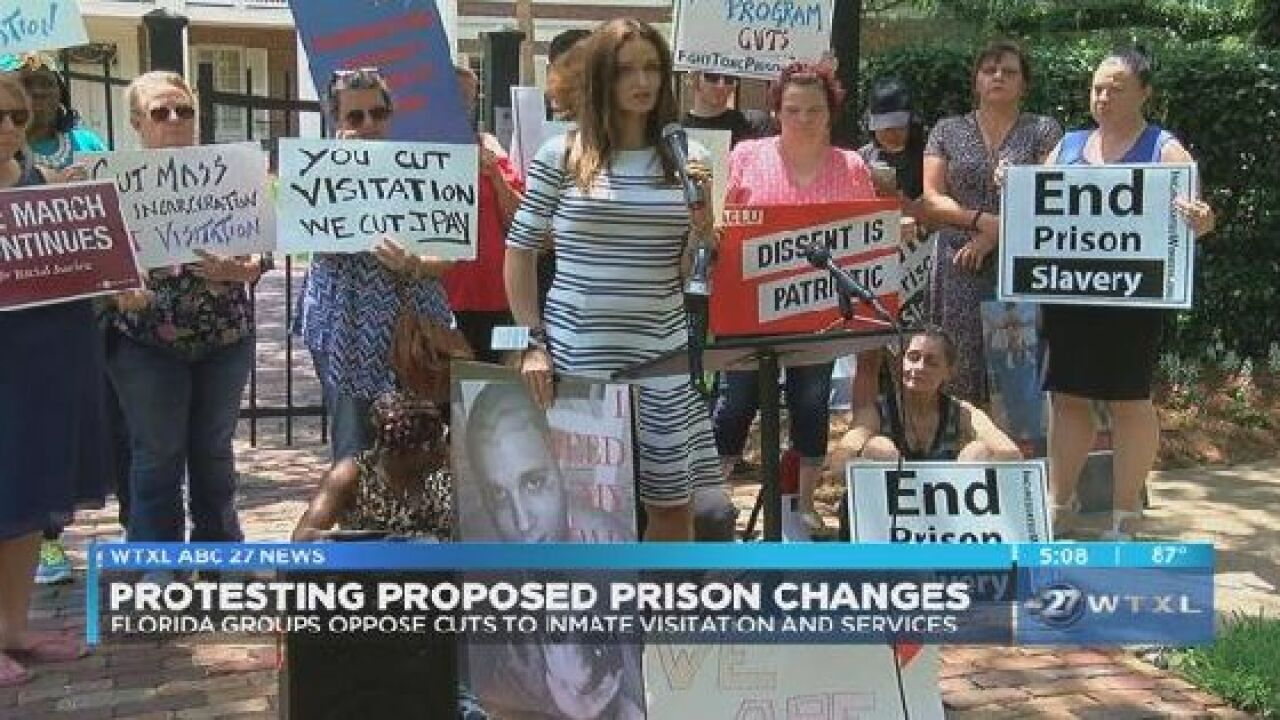 Florida groups oppose cuts to inmate visitation