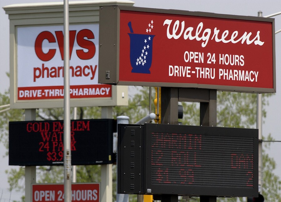 CVS, Walgreens could administer COVID vaccines in long-term care facilities by mid-December