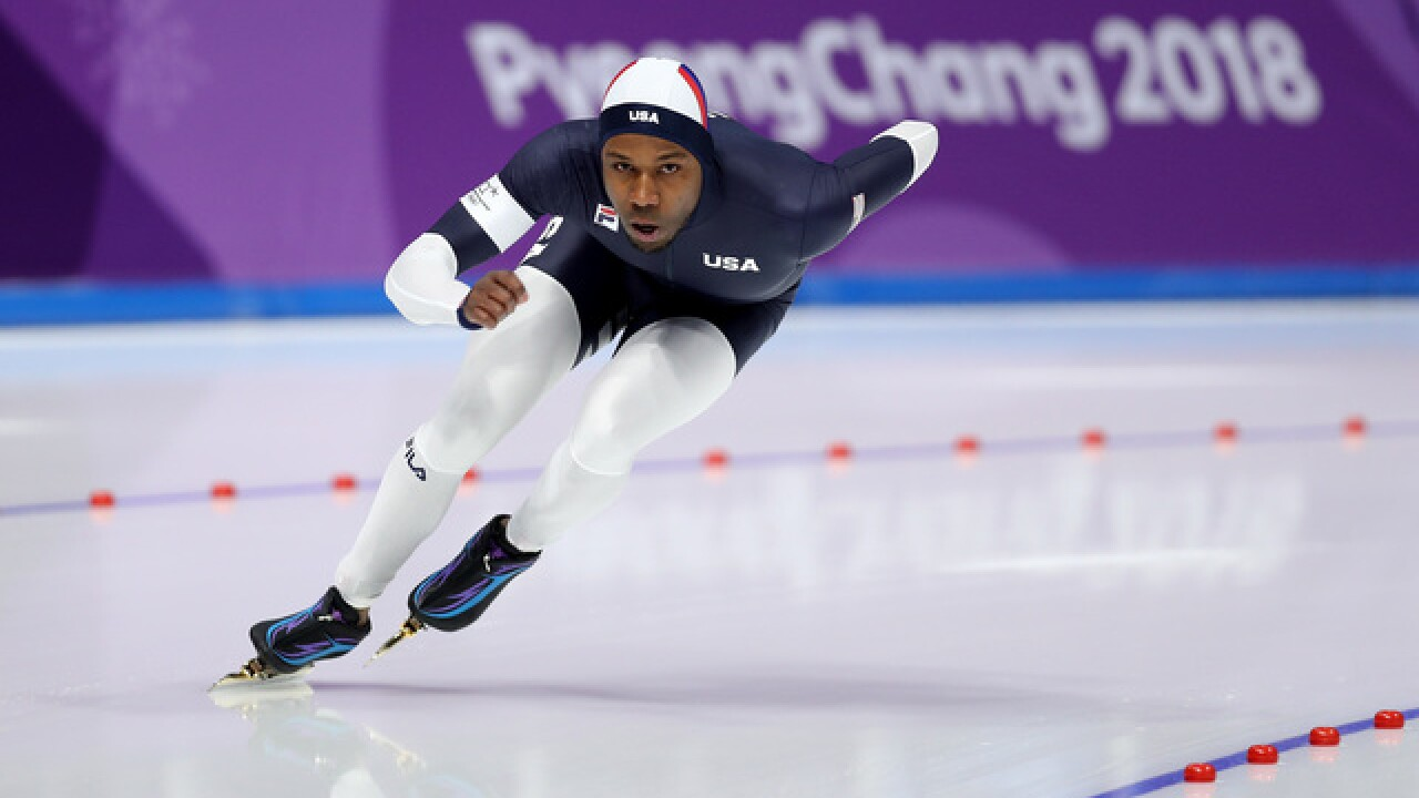 Speed skater Shani Davis skates away from Olympics in silence