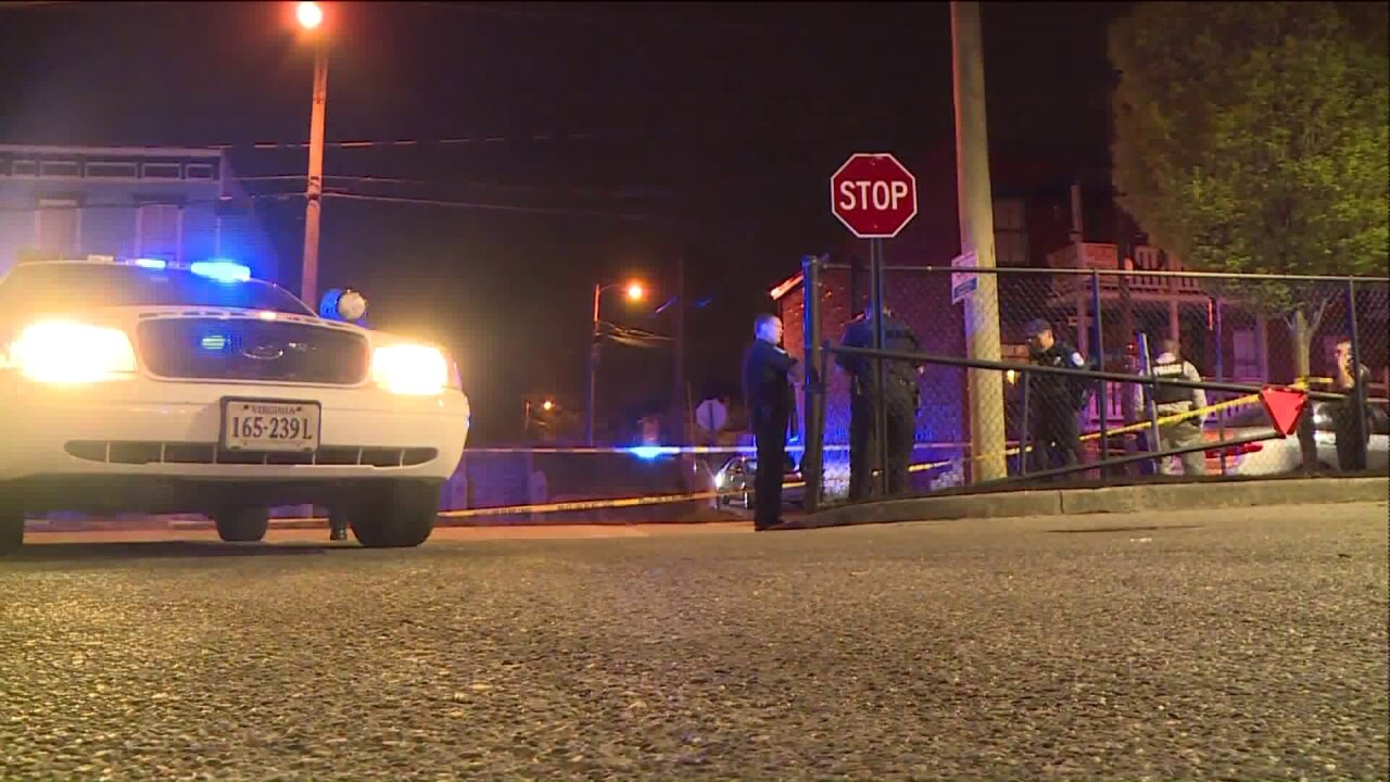 Victim shot in skirmish during attempted robbery near VCU
