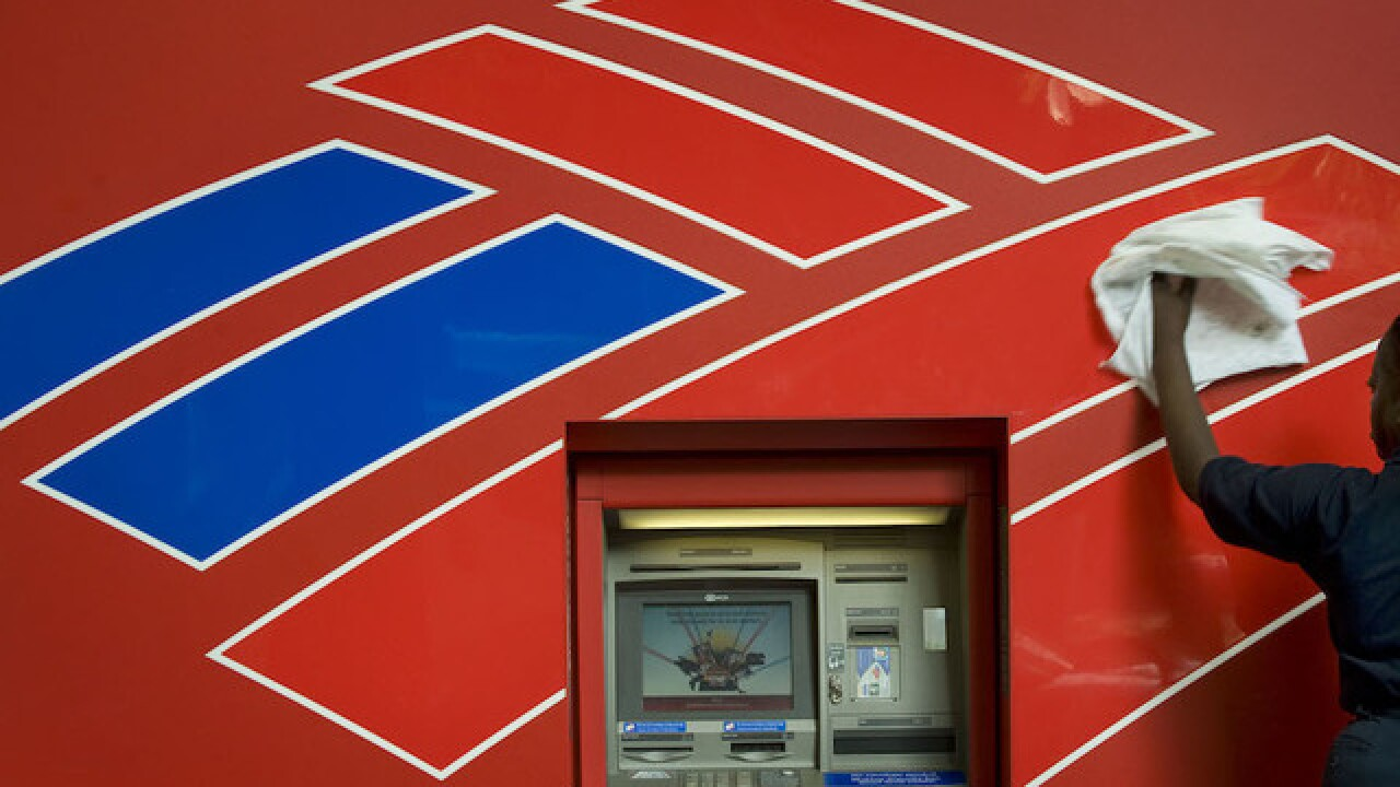 Bank of America to charge fee to some low-income bankers