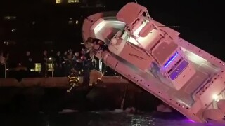 wptv-boat-crash-hollywood.jpg