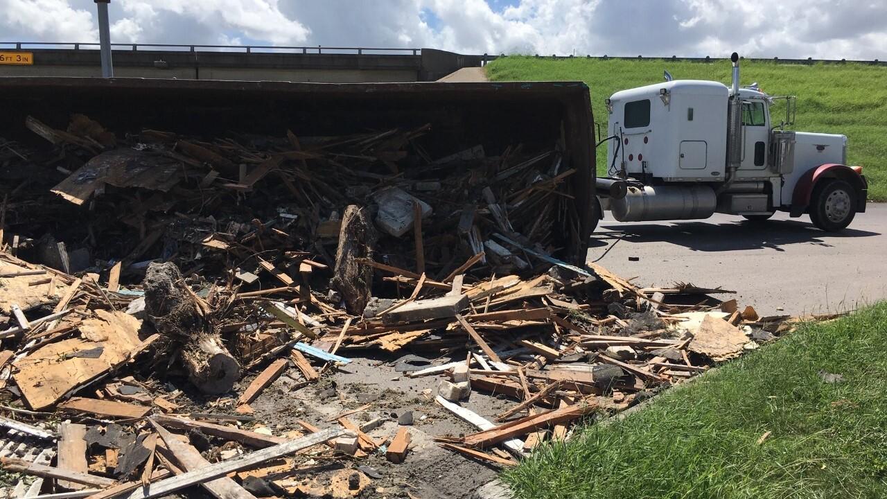 navigation truck debris 0925 4.jpg