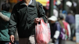 South Dakota bill would prohibit cities from banning plastic bags