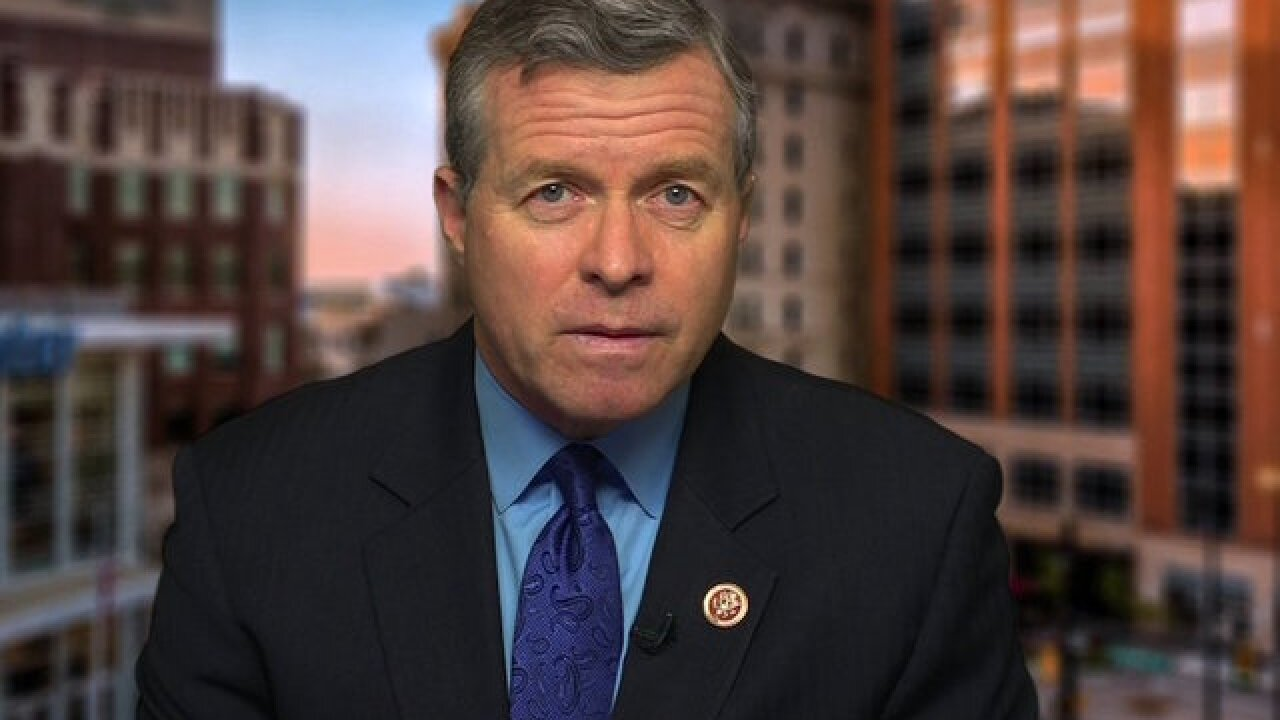 Another GOP congressman announces he's resigning