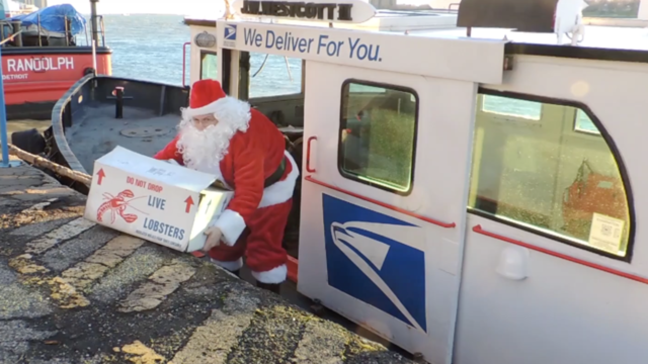 VIDEO: Santa delivers to Detroit River freighter