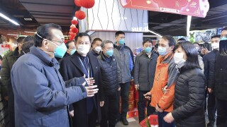 China counts 106 virus deaths as US, others move toevacuate