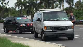 Collier County Sheriff Deputy at van pulled over.jpg