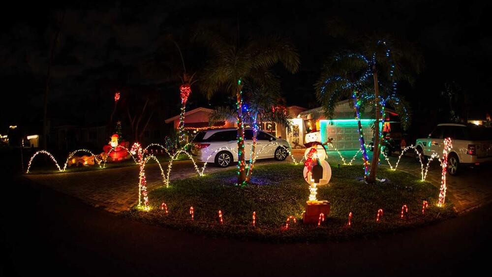 WPTV-CHRISTMAS-HOUSE-10.jpg