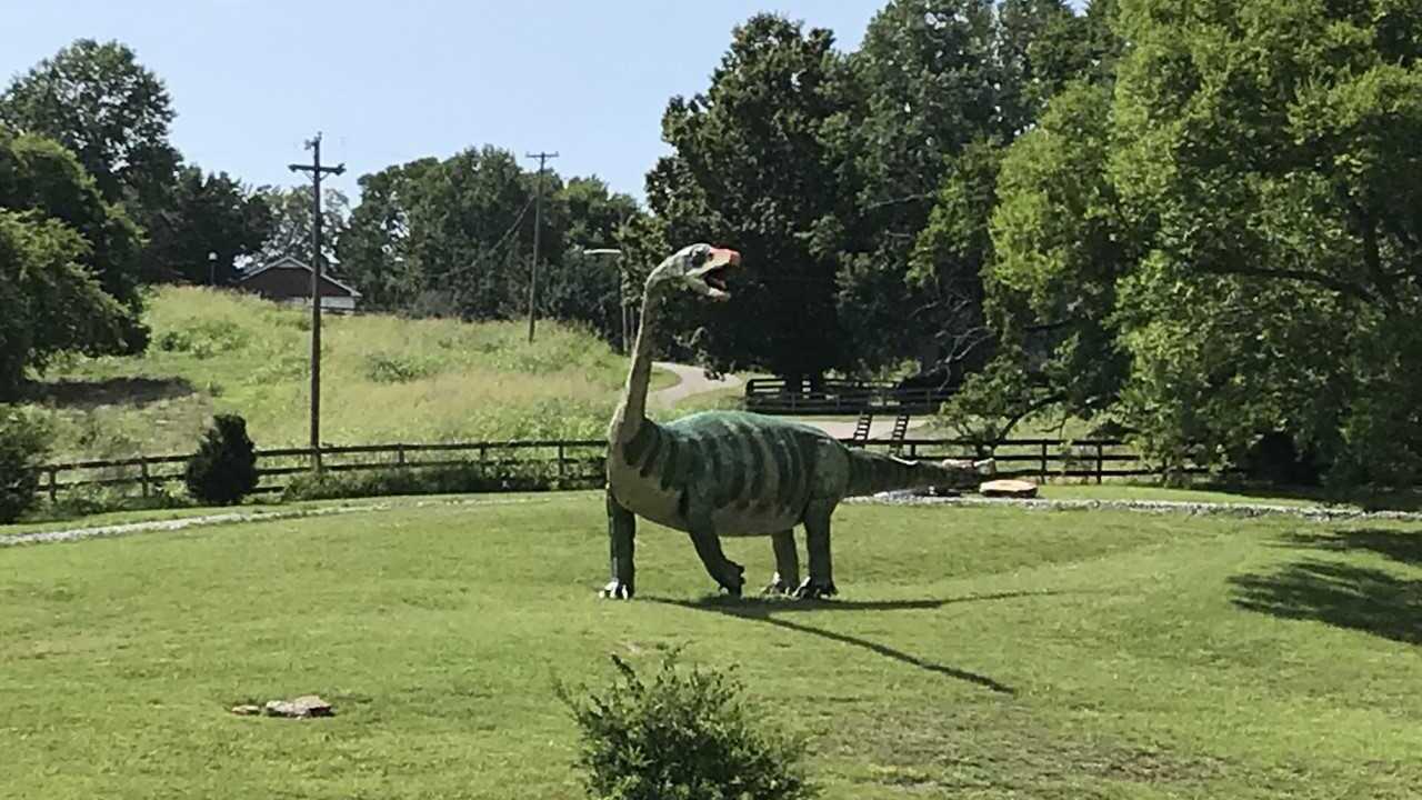 bellevuedinosaur2