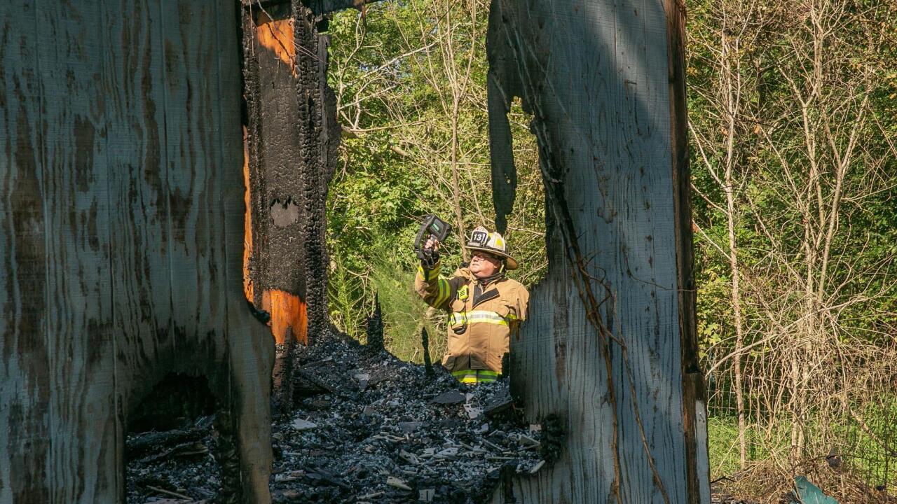 VB 1500 Back Bay Landing Road abandoned house fire (August 25) 3.jpg