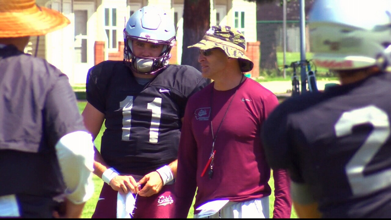 Sneed and Hauck at practice.jpg