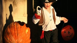 Tips to keep your trick-or-treaters safe on Halloween