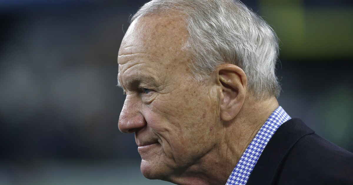 Oklahoma legend Barry Switzer disputes Notre Dame declare on 'Play Like A Champion At the moment'