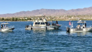 Search on for missing teen after boat crash on Lake Havasu - 8-20-19