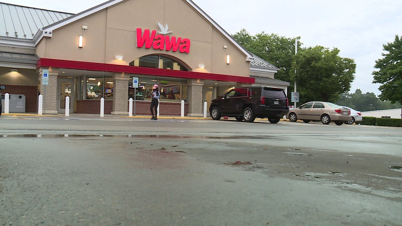 Suspects attempt to carjack a man parked at ChesterfieldWawa
