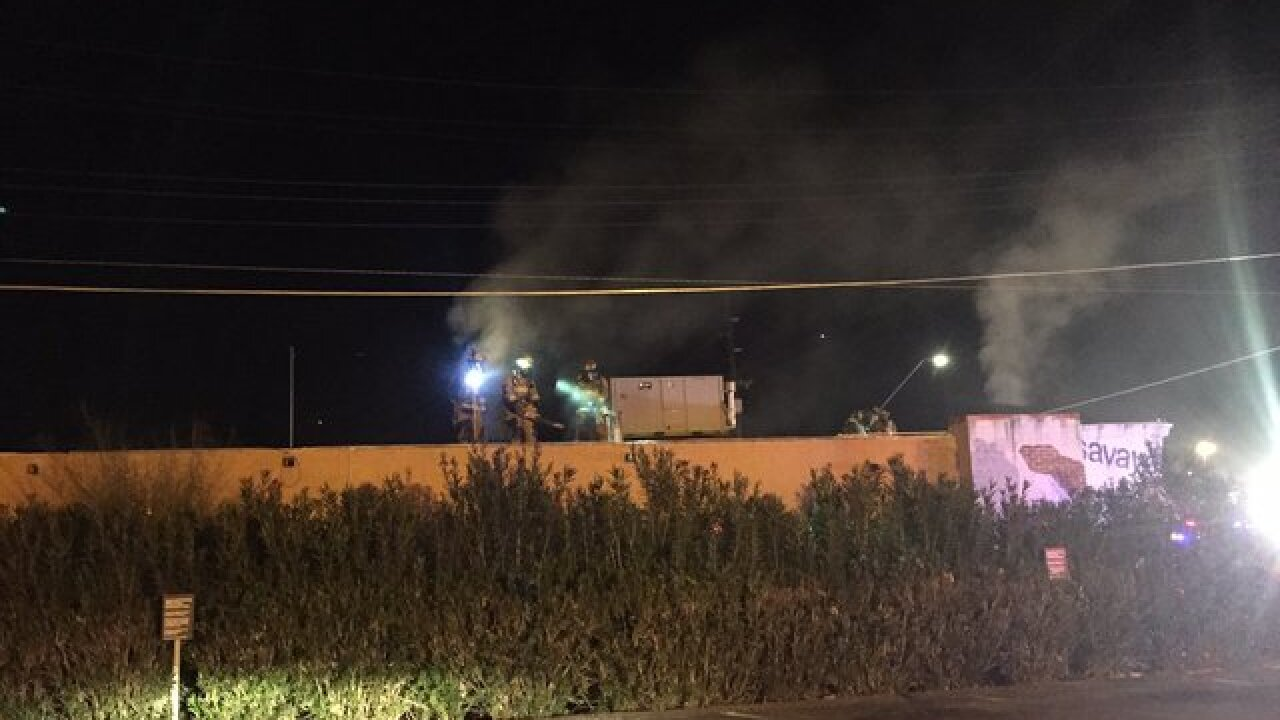 Crews battle building fire at Campbell and Glenn