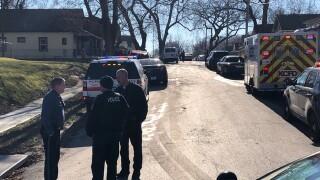 Teen girl dies in Wheeling Avenue fire Saturday morning