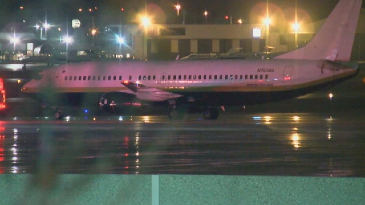 8851545c Miami Heat's plane slides on Milwaukee airport runway