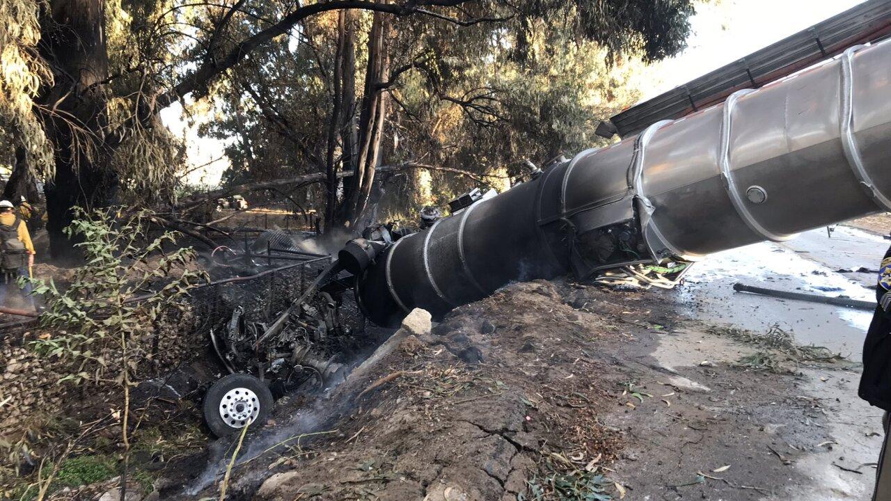 oil truck crash 10-11-21.jfif