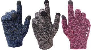 These best-selling $7 touchscreen winter gloves have over 2K reviews on Amazon