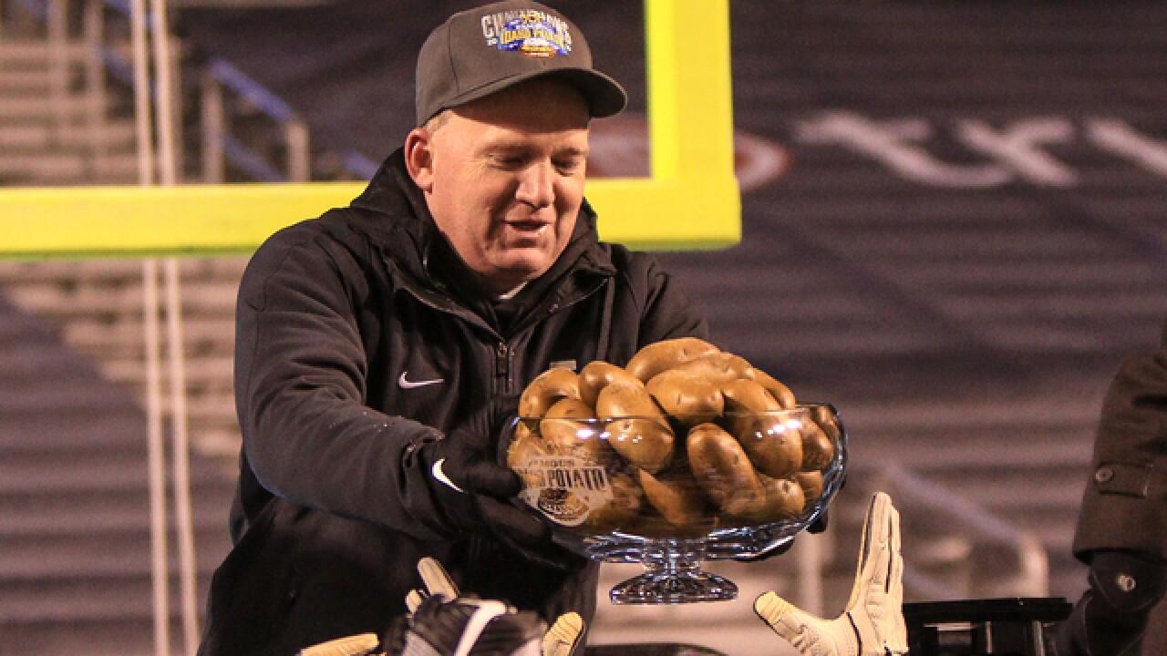 U of I Vandals win Potato Bowl 61-50