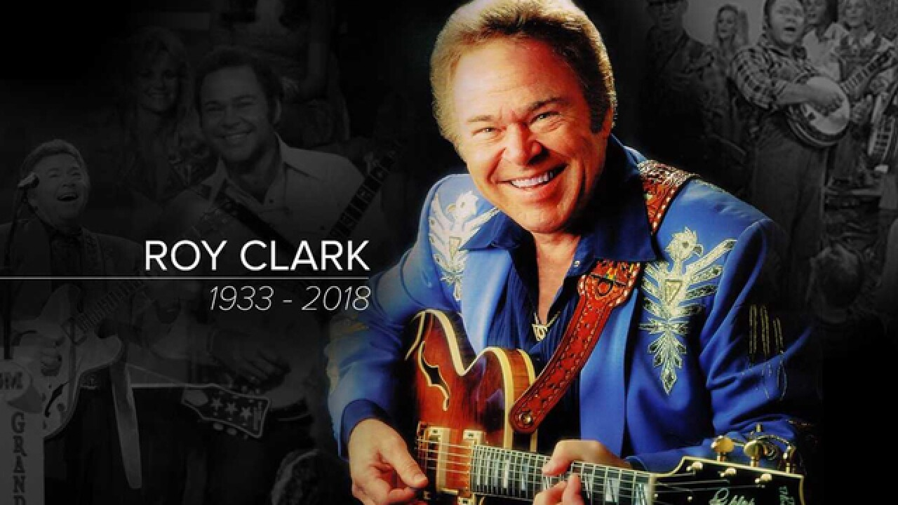 Roy Clark, Country star and 'Hee Haw' host, dies at 85