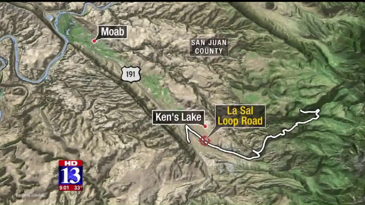 Two teens dead, three others critically injured in crash nearMoab