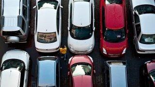 Car manufacturers seek tech solutions to hot car deaths