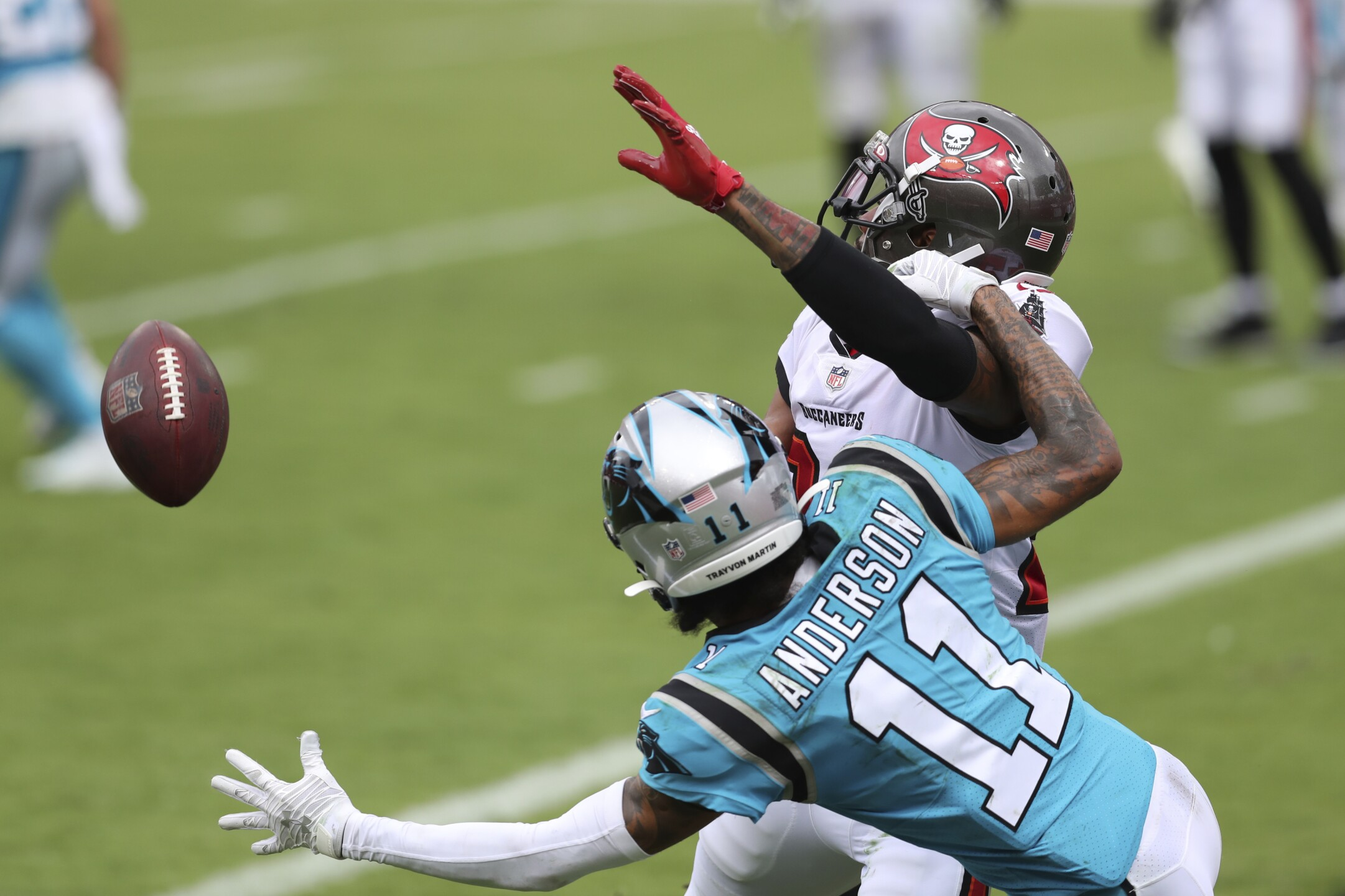 ap-images-buccaneers-panthers-game-sept-20-2020-8