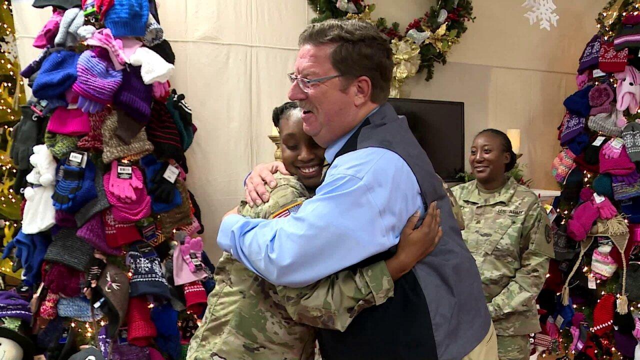 🎁Wayne Covil surprises Fort Lee soldier mom: 'I'm extremelygrateful'