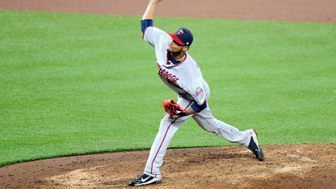 Santana tosses 2-hitter, Twins beat Orioles 2-0