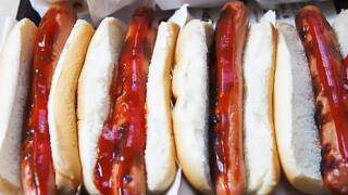 Sahlen's, Ted's giving away 151 free hot dogs in preparation for Blue Jays 'home' opener