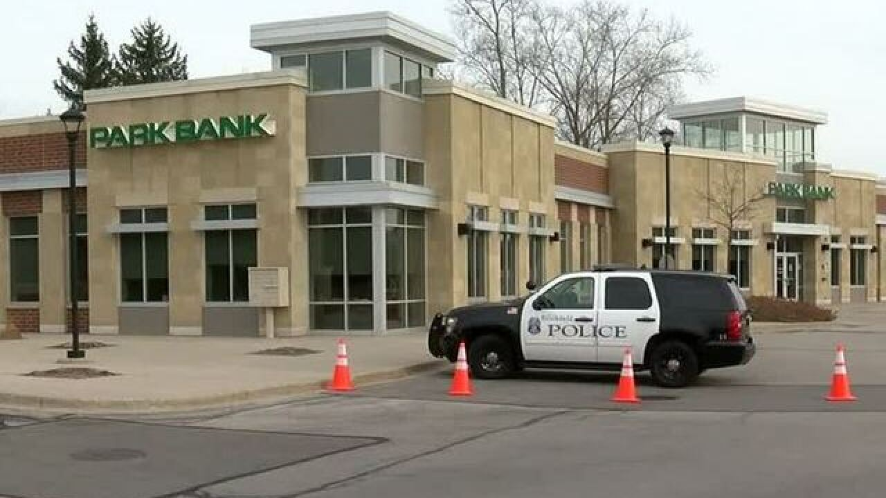 Brookfield bank employees forced into vault