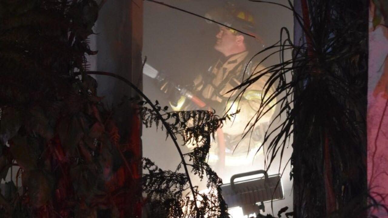 Wellington Avenue fire 12-11-18 1.jpg
