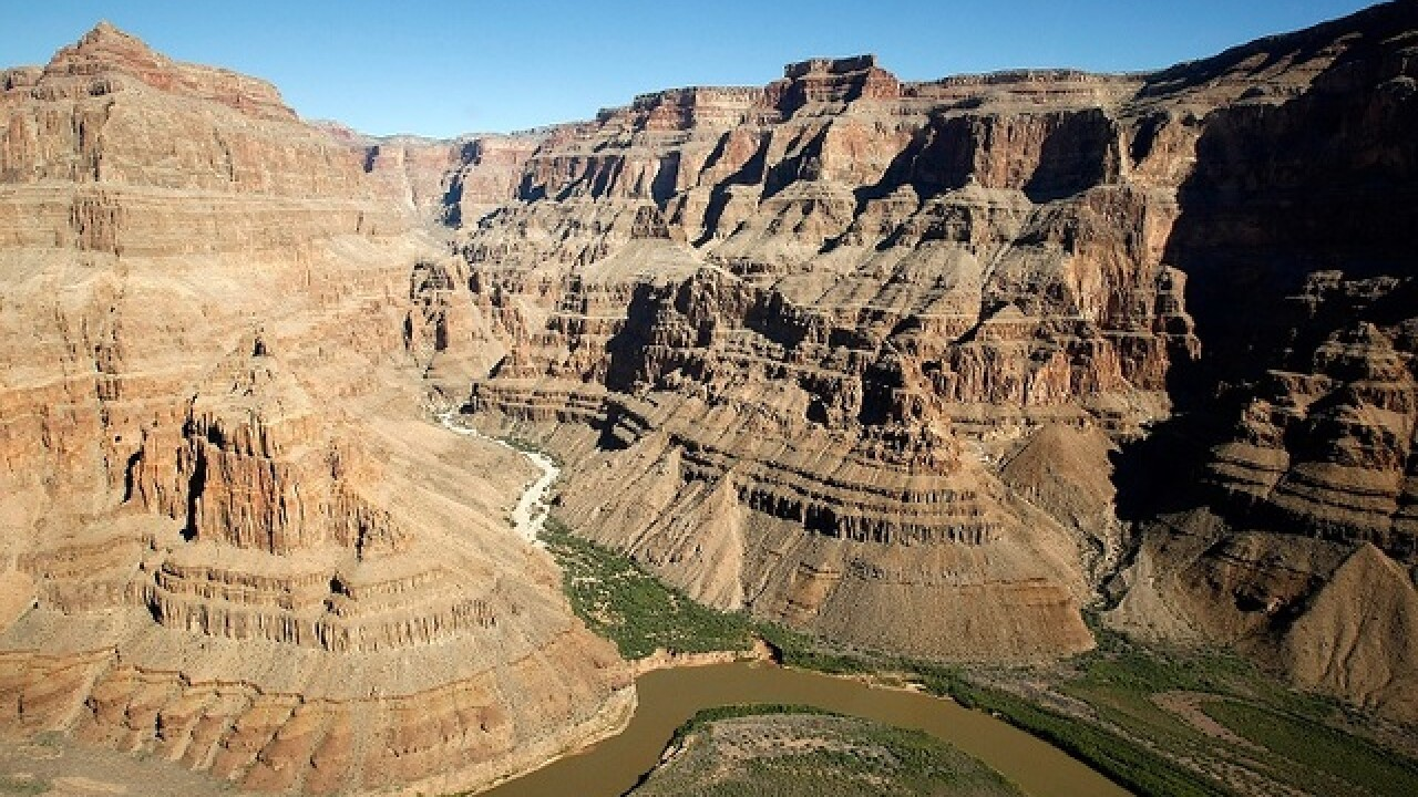 Officials push for extended Grand Canyon season