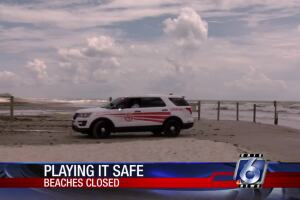 beaches closed 0724.jpg
