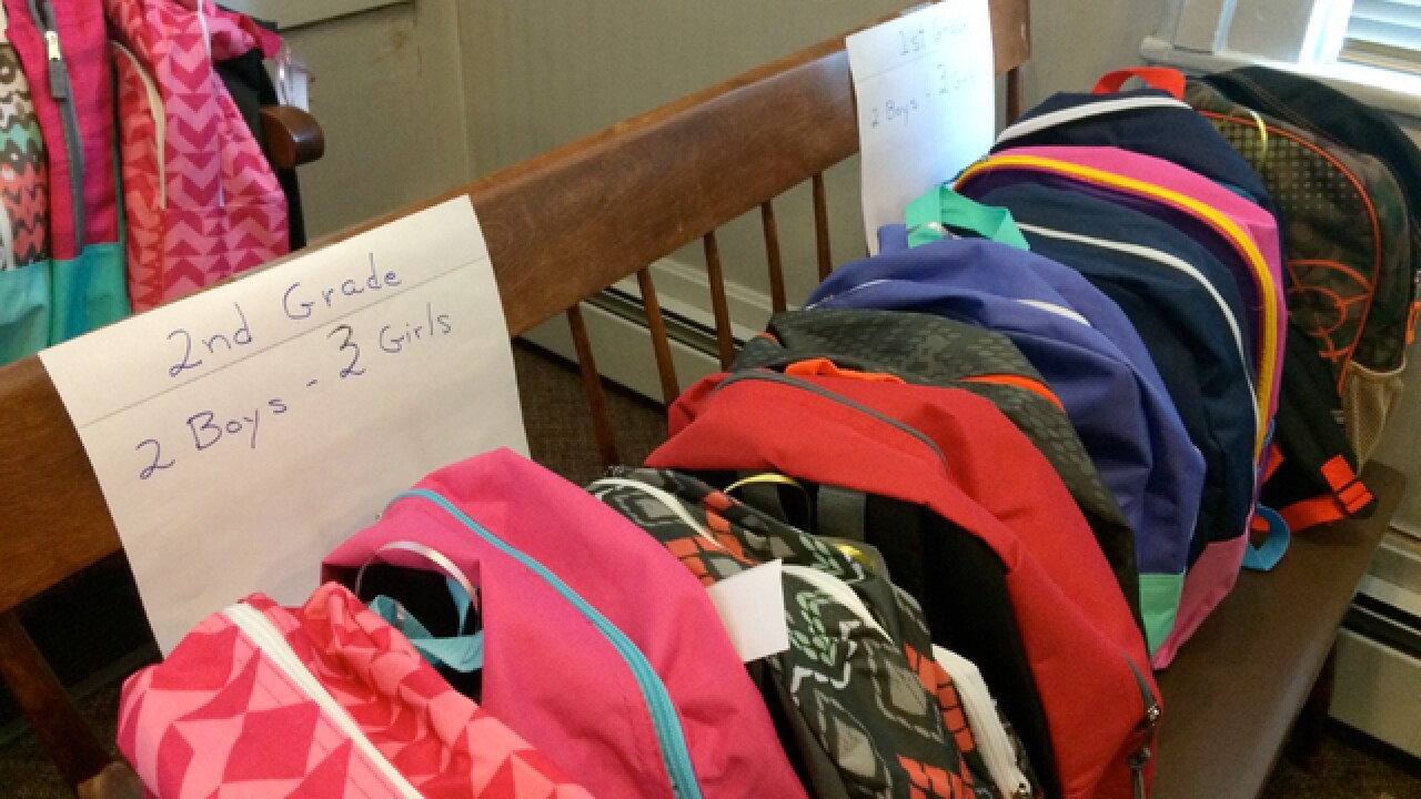Glendale police collect school supplies for kids