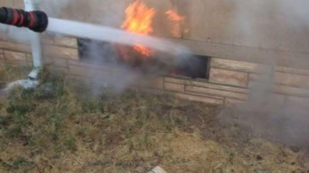 Fire destroys mobile home in Ridgecrest