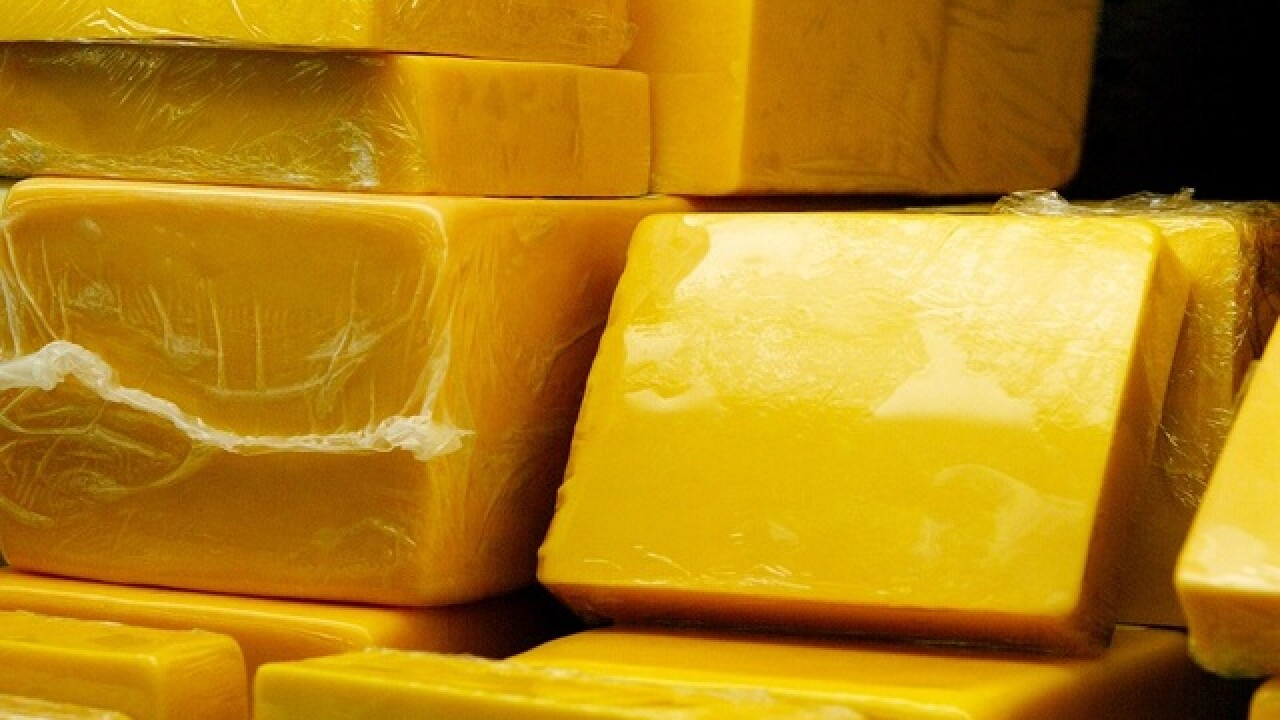 Thieves at large, with 20,000 pounds of cheese, in Wisconsin