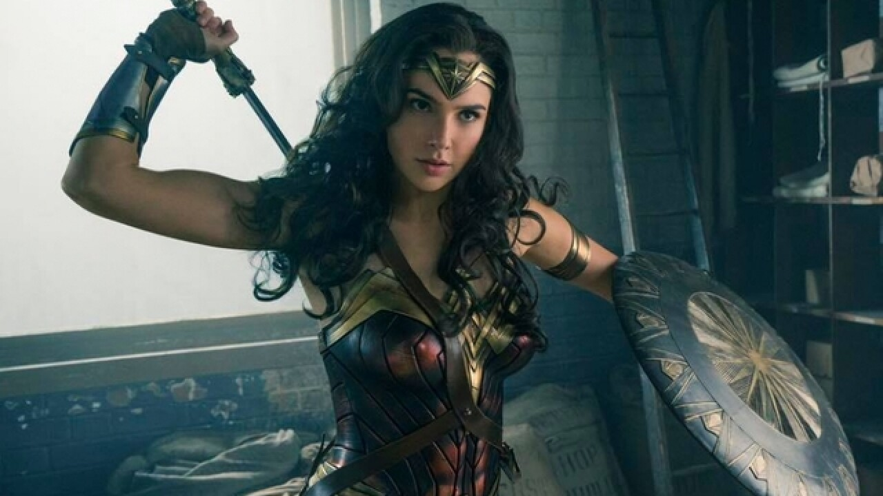 Young women ridiculed for Wonder Woman cosplay