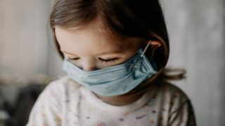 Study Finds Young Kids Can Carry Up To 100 Times More Coronavirus Than Adults