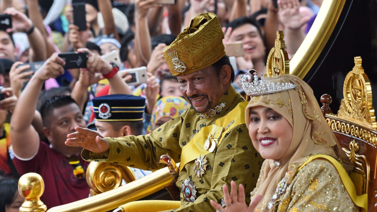 Brunei's new law says gay people can be stoned to death