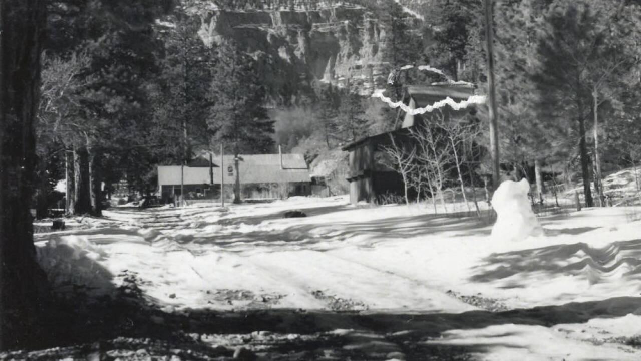 MT CHARLESTON LODGE 3 1940S & 50S.jpg